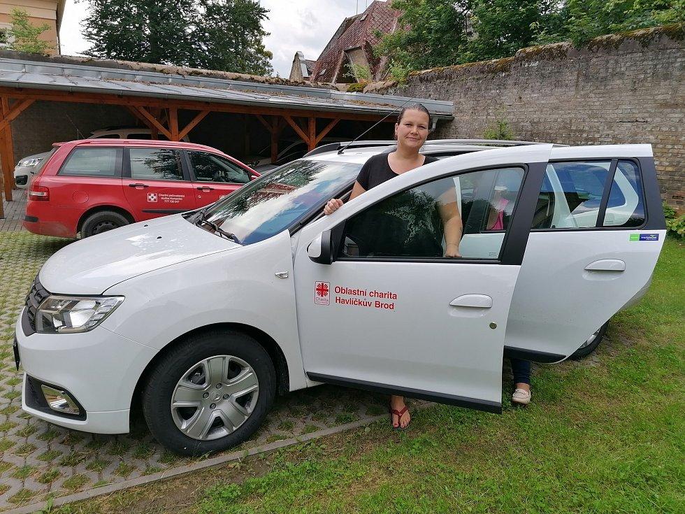 Dostupnější pomoc potřebným zajišťuje v Humpolci nové auto