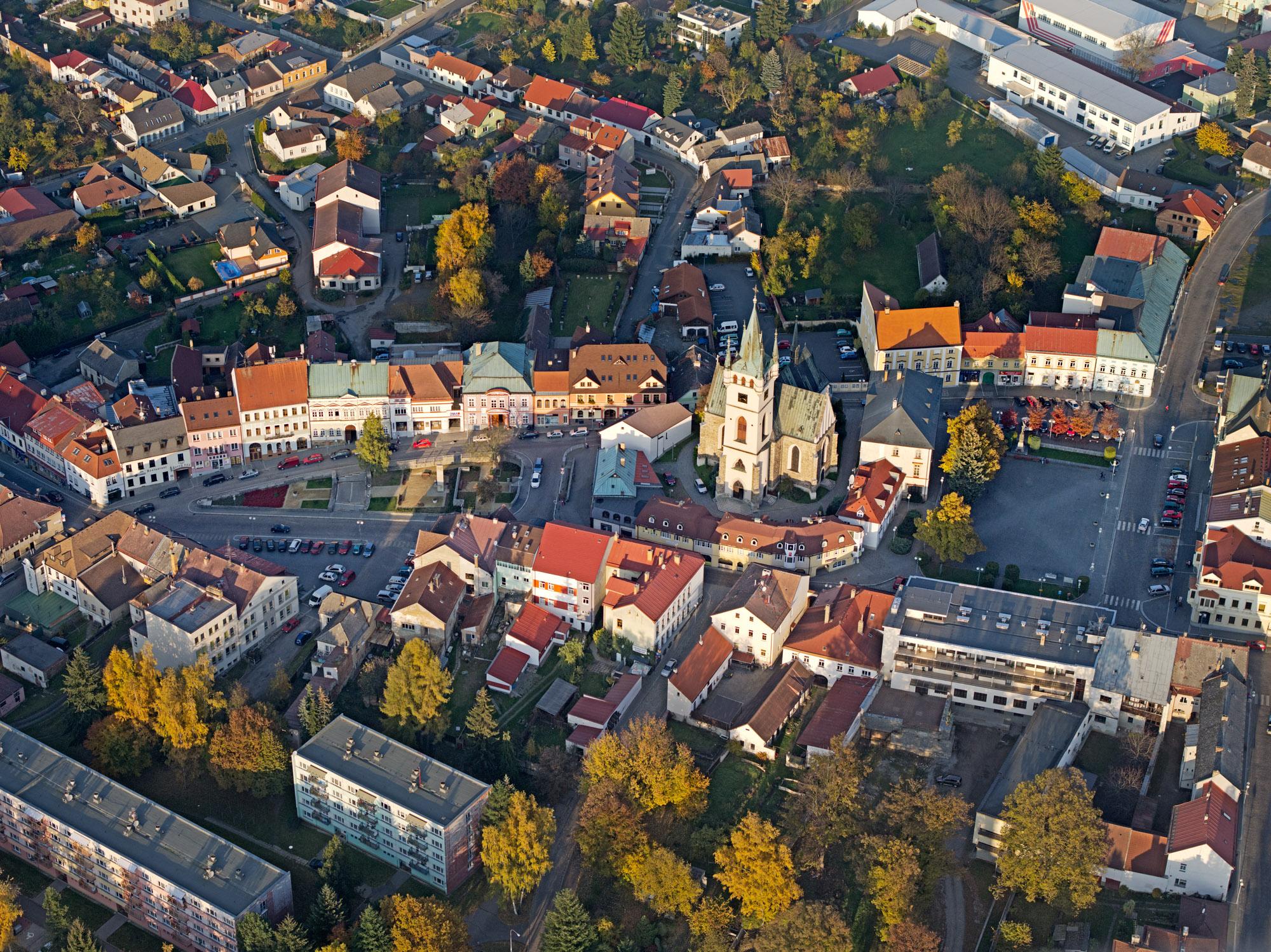 Den architektury na Vysočině nabídne procházku parkem Heulos i Humpolcem